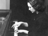 Η αξέχαστη πιανίστα Μαρικά Καραμάνου - Πιανίστα - Παιδαγωγός - Μέλος του Διεθνούς Μουσικού Σωματείου Gina Bachauer